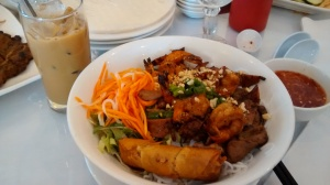 Vermicelli  with Grilled pork and shrimp and egg rolls (Bun Thit Nuuong Tom Cha Gio)